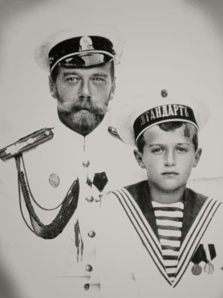 Государь император Николай II с сыном цесаревичем Алексеем