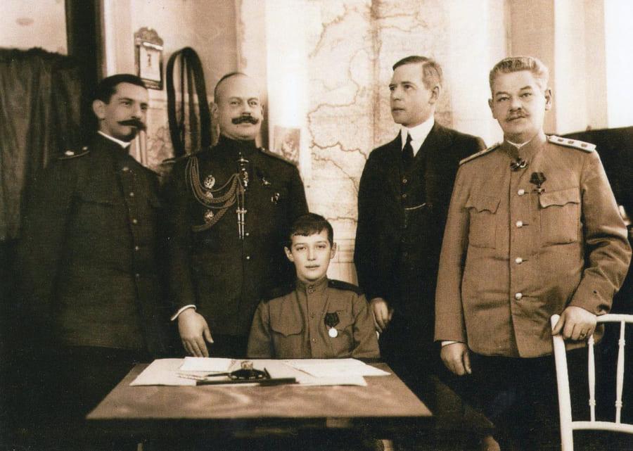 Цесаревич Алексей с учителями